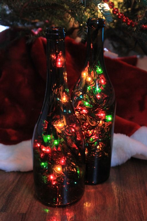 Wine Bottle Christmas LightsDecor Ideas, Bottle Lights, Wine Bottle Decor, Christmas Decorations, Bottle Lamps, Christmas Lights, Empty Wine Bottle, Wine Bottles, Crafts