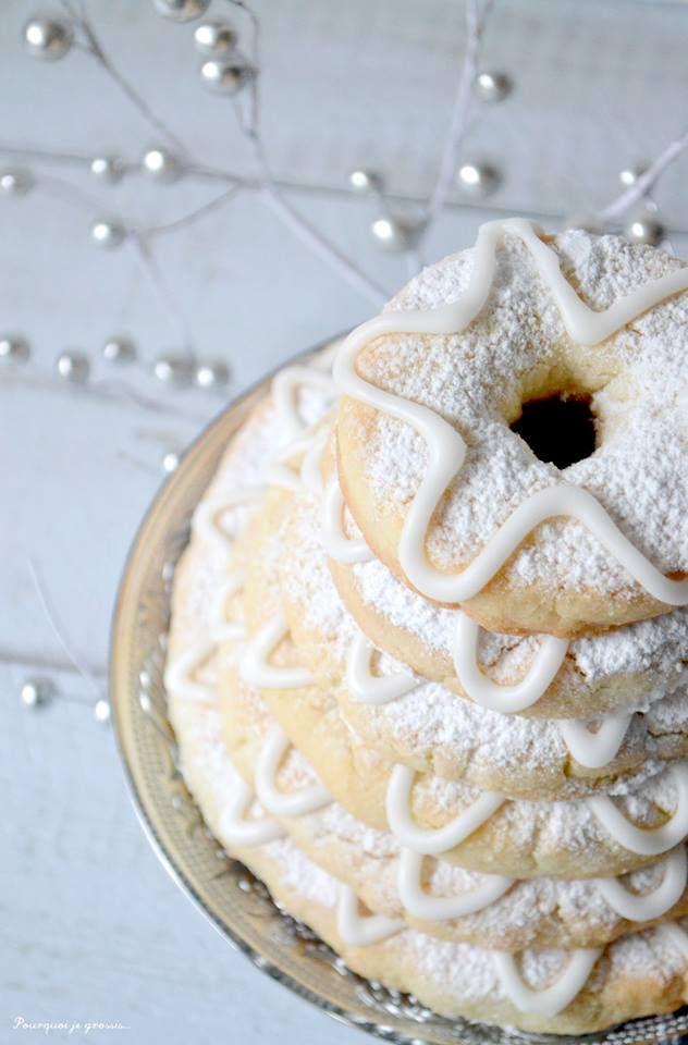Kransekake - Scandinavian ring cake / delicious almond biscuits ! http ...