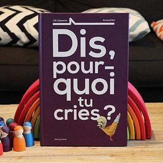 """Il y a 2 ans, je vous présentais """"Dis, pourquoi tu boudes"""", un sublime album qui avait alors beaucoup de succès à la maison. Aujourd'hui, c'est """"Dis, pourquoi tu cries ?"""" qui est à l'honneur sur le blog et on aime toujours autant les grandes illustrations pop-up 💕 #litteraturejeunesse #dispourquoitucries #seuiljeunesse #jrcatremin #arnaudroi #lecture #surleblog #lepaysdesmerveilles"""