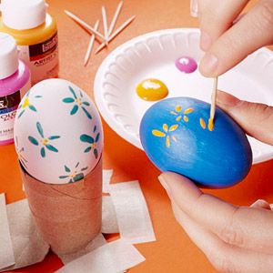 Easter Egg Decorating.....got fifty blown out eggs donated to the art room- looking for ideas...