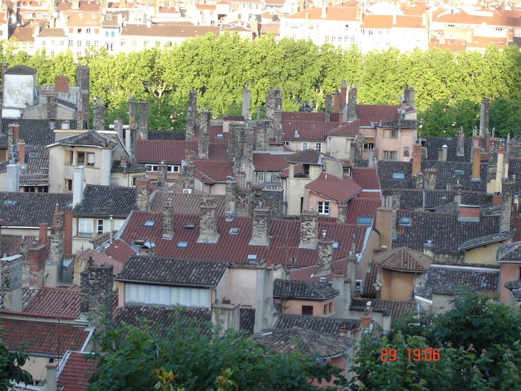 Chimnies! Somewhere in Lyon.