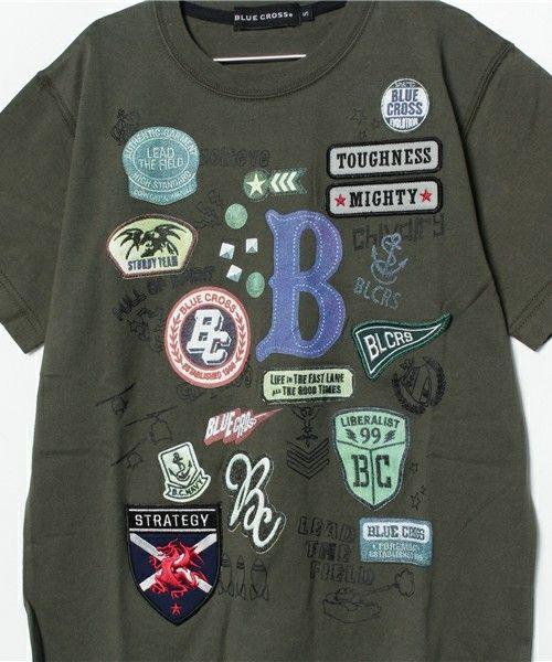 BLUE CROSS (ブルークロス)のプリント×ワッペンデザインTシャツ(Tシャツ/カットソー)|詳細画像