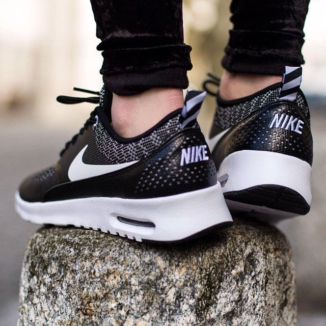 Nike Thea Black And White Womens
