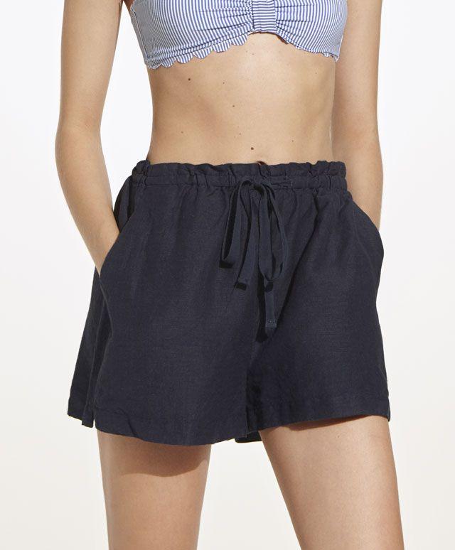 Bikinis y pantalones cortos a juego