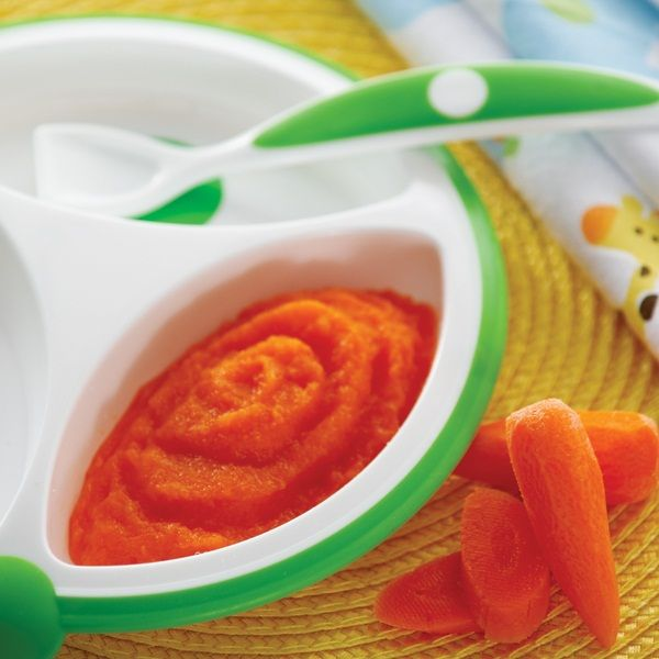 Tons of homemade baby food recipes categorized by stages.