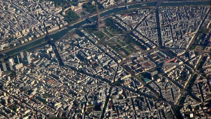 Aerial View Of Paris With The Eiffel Tower Filmati e video d'archivio 4700204 - Shutterstock