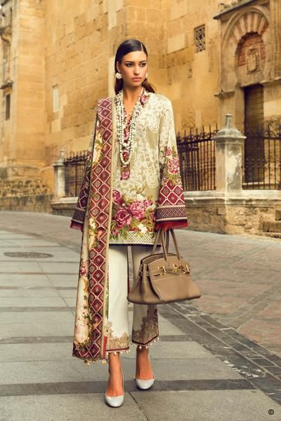 #pakistanifashion #pakistanfashion #pakistan Whatsapp: 00923452355358 Website: www.original.pk