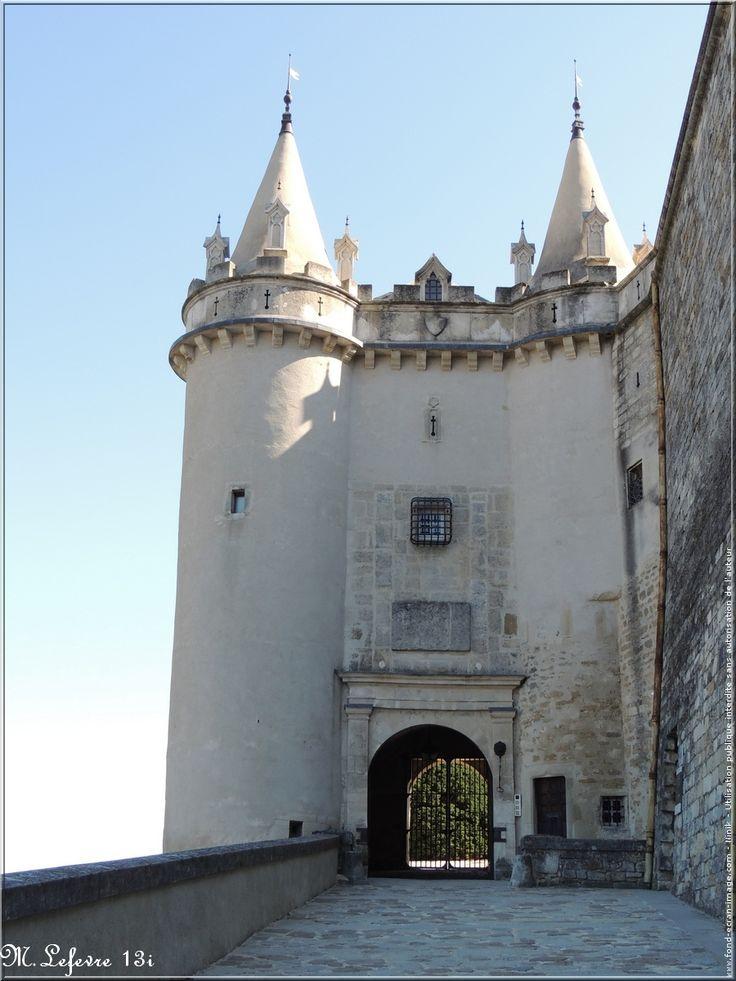 Château de Grignan                                                                                                                                                                                 Plus