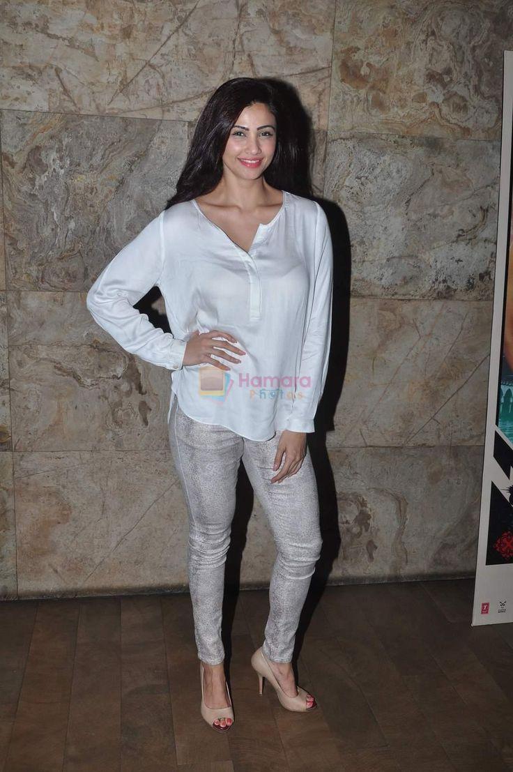 Daisy Shah at Bangistan Screening in Lightbox on 6th Aug 2015 / Daisy Shah - Bollywood Photos