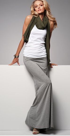 maxi skirt - maybe an outfit like this for the airplane? maxi dress #emma875 #style for women #womenfashionwww.2dayslook.com