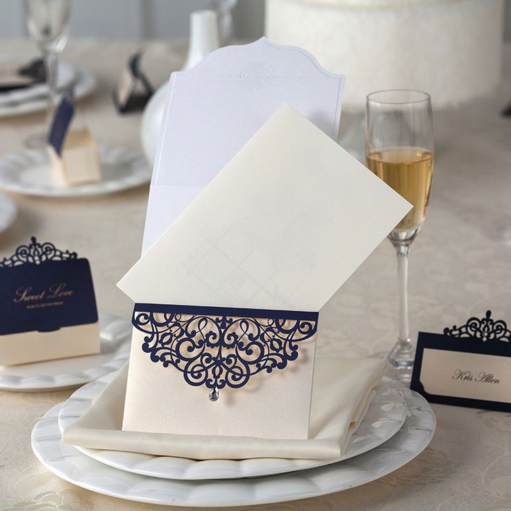Corte a Laser convite do casamento strass festa de casamento favores com Envelopes e selos 5.4 * 7.2 polegadas em Decoração de festa de Casa & jardim no AliExpress.com   Alibaba Group