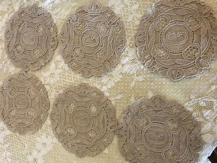 """VINTAGE FRENCH BURANO MONOGRAMMED """"G"""" LACE COCKTAIL NAPKINS SET OF 6"""