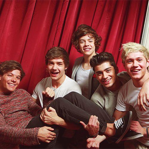 Louis, Liam, Harry, Zayn, Niall, oh. my. gosh. louis wears vans... DAY=MADE :))))