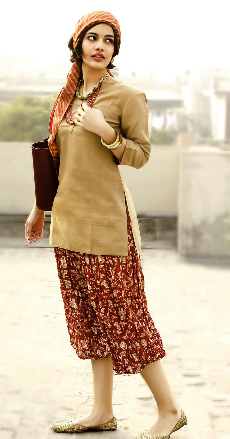 #printed #harem pants paired with a #silk matka kurta, casual yet chic