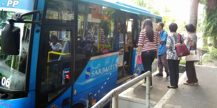 Now the people in Tabanan Regency can use Trans Sarbagita Bus, The inter-city bus service in Bali includes Denpasar, Badung, Gianyar and Tabanan. The Bus will operate from 'Pesiapan' Terminal, Tabanan.