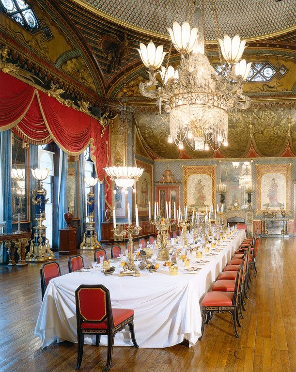 The banqueting table, Banqueting Room, Brighton Pavilion