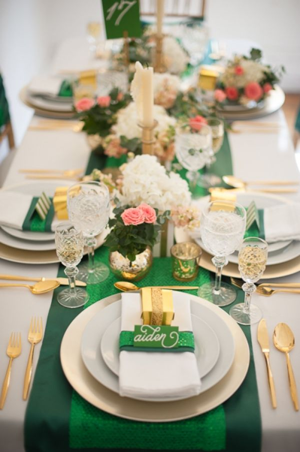 green + gold. A #BaylorProud wedding reception?: Wedding Tables, Tables Sets, Emeralds Green, Gold Tables, Green Tables, St. Patrick'S Day, Kelly Green, Green And Gold, Green Wedding