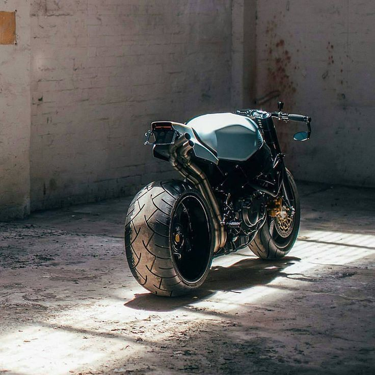 #Tire #Motorcycle Honda Motor Company, #CafeRacer #Cafe Streetfighter, Honda CBR series, Custom motorcycle - Follow #extremegentleman for more pics like this!