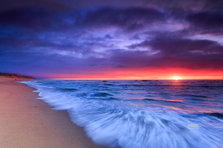 Awe-inspiring sunrise today at Coast Guard beach in Eastham, Massachusetts - Cape Cod National Seashore. Dapixara photography dapixara.com