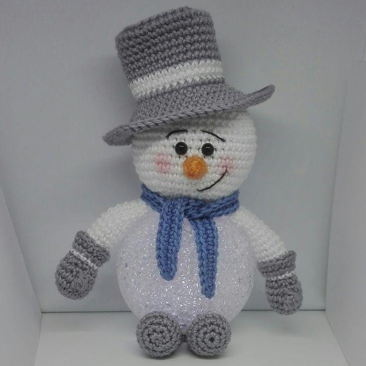 Gratis patroon van Sneeuwpop met led bal