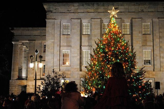Capitol Tree Lighting Celebration Raleigh Nc Kids Events Tree Lighting Christmas Raleigh