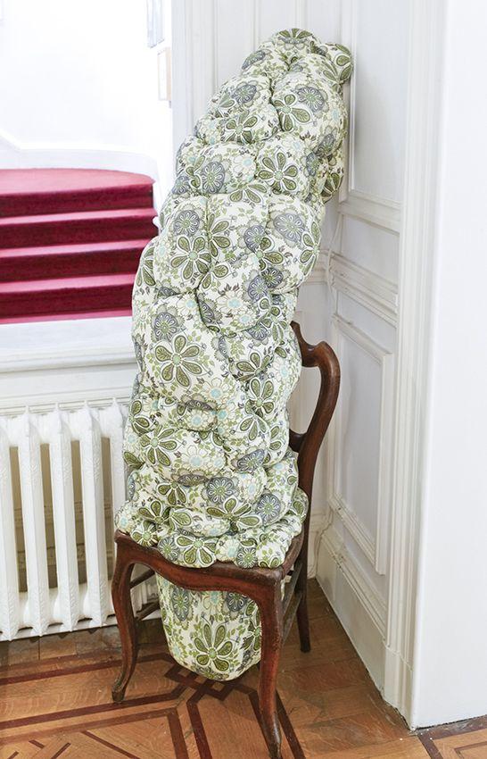 Elodie ANTOINE - Chaise turgescente, 2007, Chair, textile, stuffing, 150 x 80 x 80 cm, unique