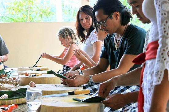 For an authentic #bali #food experience http://ow.ly/eb9x2