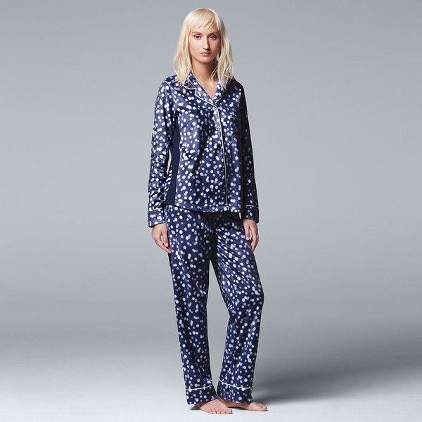 Women's Simply Vera Vera Wang Pajamas: Top Notch PJ Set ($30) ❤ liked on Polyvore featuring intimates, sleepwear, pajamas, dark blue, long sleeve sleepwear, long sleeve pajamas, long sleeve pyjamas, simply vera and button front pajamas