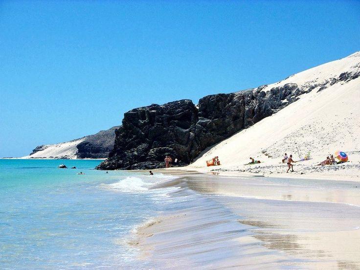 Playa #ElSalmo – Sureste de #Fuerteventura.  Foto de Home Canarias #IslasCanarias
