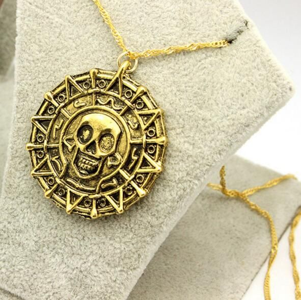 Wholesale 2016 Hot Selling European and American Movie Pirates of the Caribbean Necklace Skulls Aztec Gold COINS Freeshipping