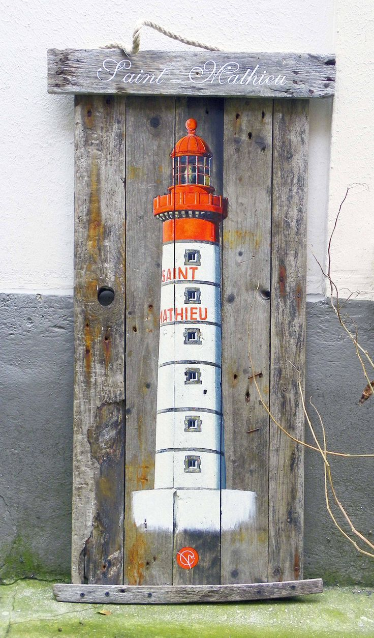 Les 25 meilleures id es concernant peinture de phare sur for Decoration sur bois