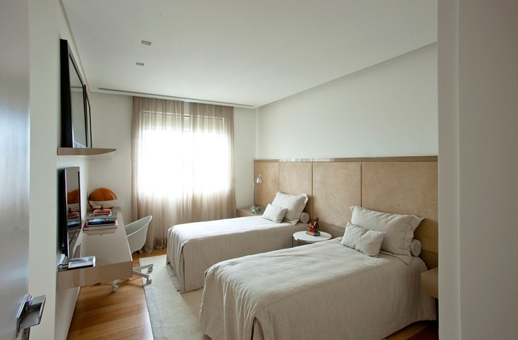 guest room - love the design
