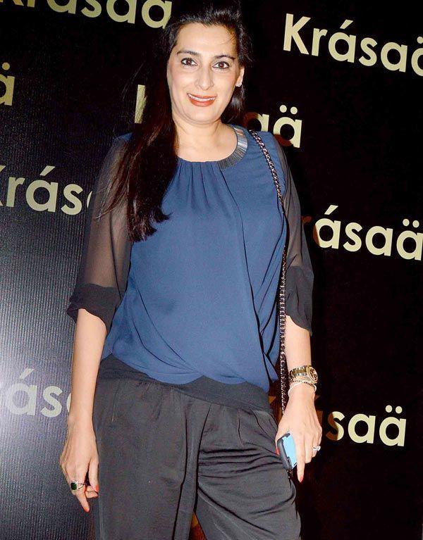 Sunil Shetty's wife Mana Shetty at Vikram Phadnis' store launch in Mumbai. #Bollywood #Fashion #Style #Beauty #Page3