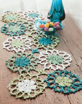crochet table runner #crochet #table runner
