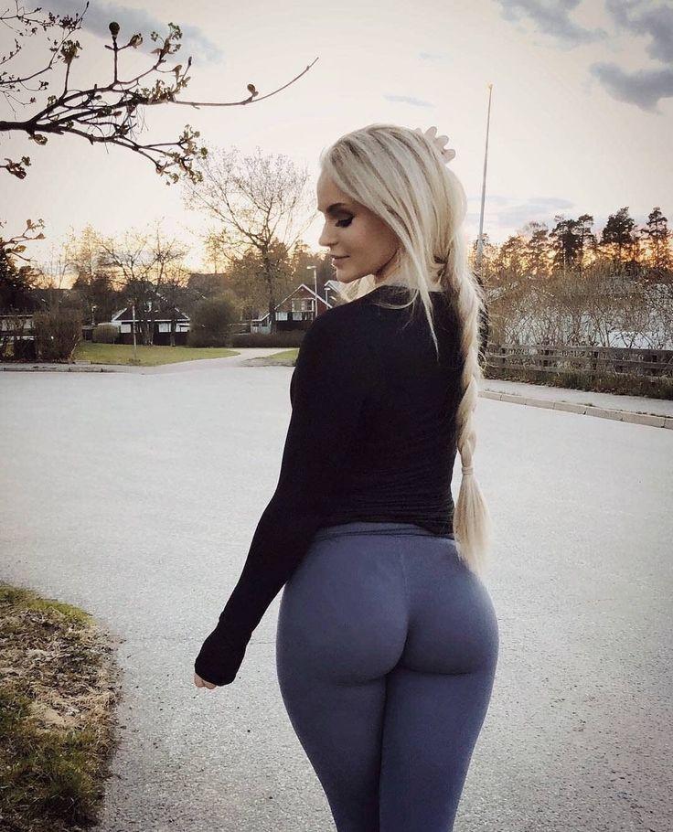 Blonde yoga pants tumblr, i love you beth cooper porn