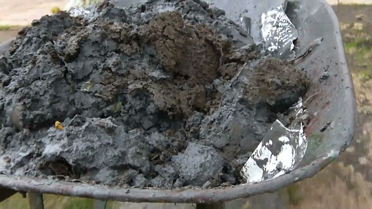 VIDEO CLIP: In this video Christchurch resident Andrew Gee explains liquefaction.