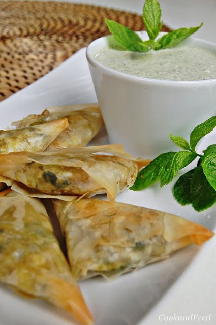 Spinach And Potato Samosas/Samosas με σπανάκι και πατάτα