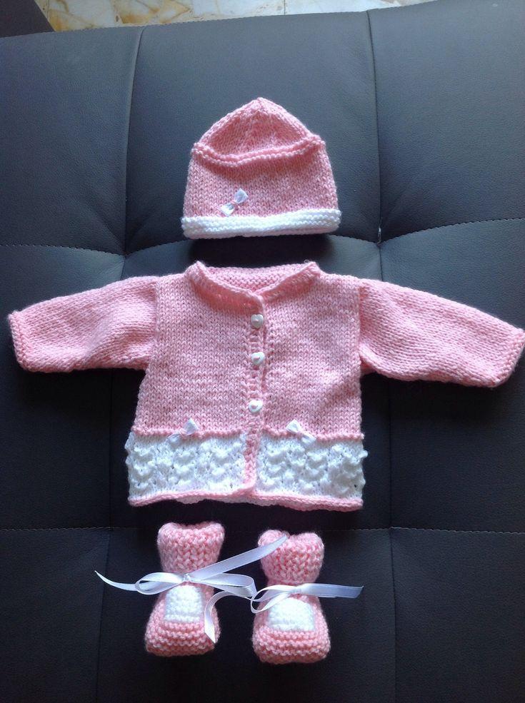 Brassière prématuré layette rose et blanche 28 a 32 semaines : Mode Bébé par coeur-de-layette