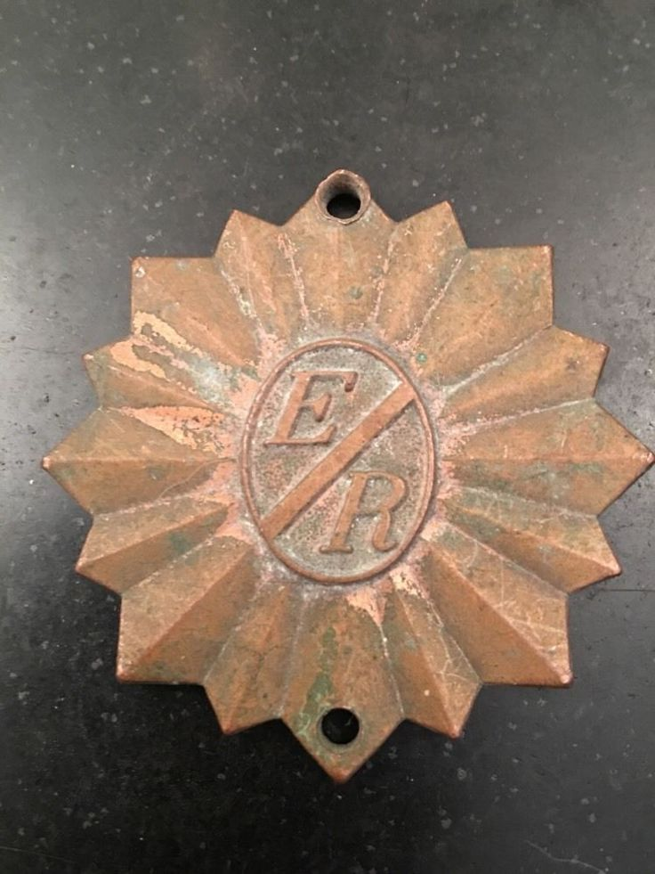 E/R Rosslyn, VA Arlington VA Metal Medal For Key? Hotel? If Carried Away Vintage  | eBay