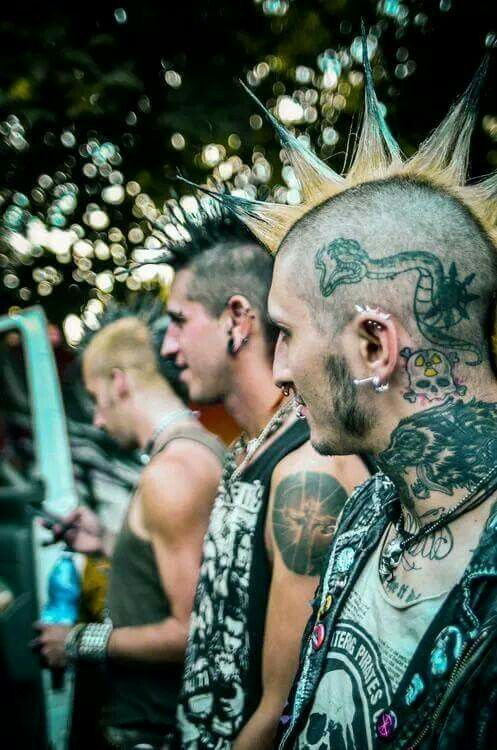 Yea my heads tattooed, you aint the only ba's in town, and i had cracked my skull open the year before. Whats up bitches?