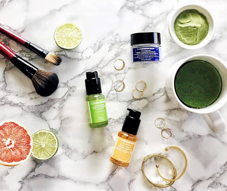 Preen.Me VIP Michelle gives us a glimpse of her gifted  #OleHenriksen 3 Little Wonders Kit. Learn more about this skin care innovation by clicking through.