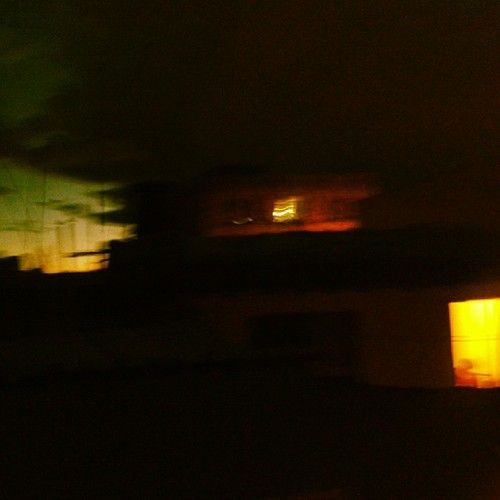 #Night of #blurred #yellow #lights #noche de #borrosas #luces #amarillas