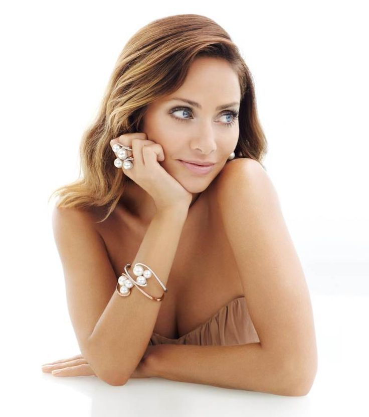 Natalie Imbruglia Designs a Charity Christmas Collection for Kailis Jewellery | Sassi Sam Girlie Gossip Files Natalie Imbruglia, Imbruglia Design, ...