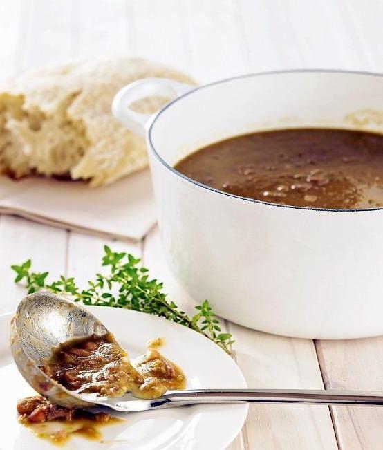 BRUINE BONEN SOEP - Dutch brown bean soup