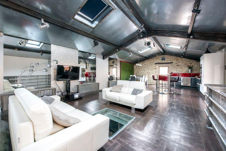 Espaces Atypiques Lyon : loft terrasse maison d'architecte vente achat agence immobiliere