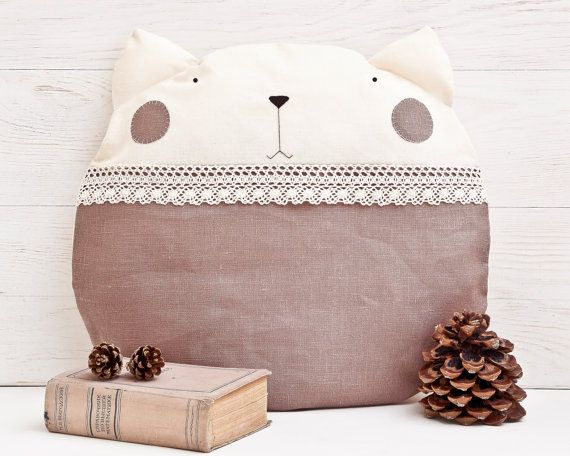 Cuscino gatto beige cuscino decorativo camera di JuliaWine su Etsy
