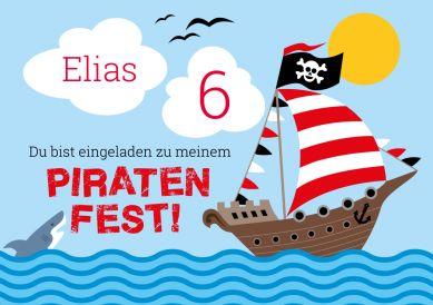 Einladungskarte zum 6. Kindergeburtstag mit tollem Piratenschiff und Hai  #Pirat # Schiff #Piratenfest #Geburtstag#Einladung #einladunggeburtstag.de