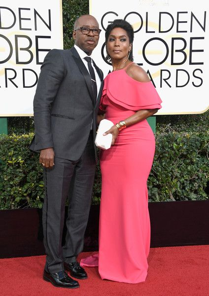 Courtney B. Vance and Angela Bassett - The Cutest Couples at the 2017 Golden Globes - Photos