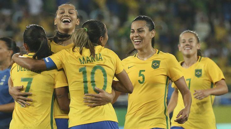 Football-soccer-brazil-womens team-marta