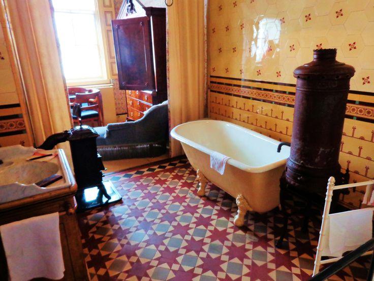 Toen dordrecht in 1882 waterleiding kreeg werd een deel van de kleedruimte verbouwd tot een - Model betegelde badkamer ...
